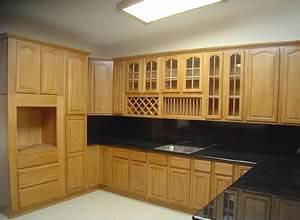 Tủ bếp gỗ veneer xoan đào gia lai 11
