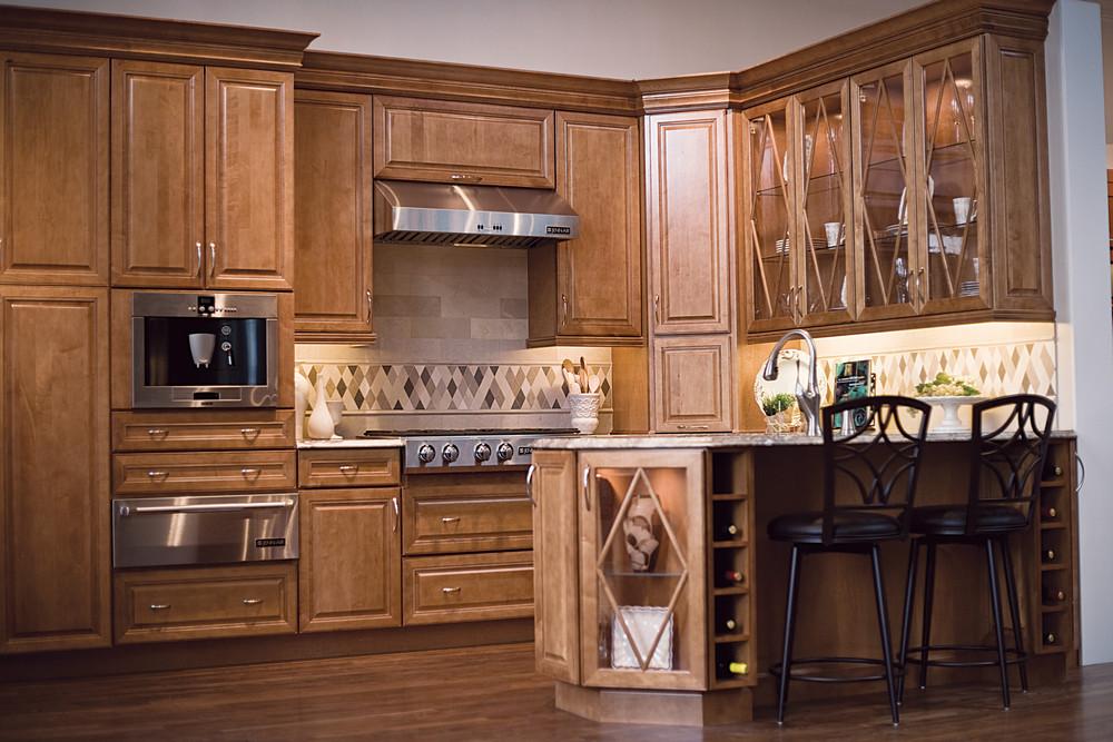 Tủ bếp tự nhiên gỗ hương